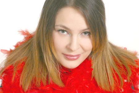 Beautiful woman from Ukraine seeking lifetime companionship